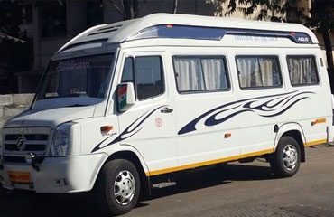 11 Seater Tempo Traveller Hire in Amritsar