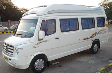 15 Seater Tempo Traveller Hire in Amritsar