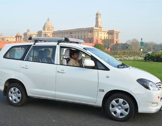 Innova hire in Amritsar